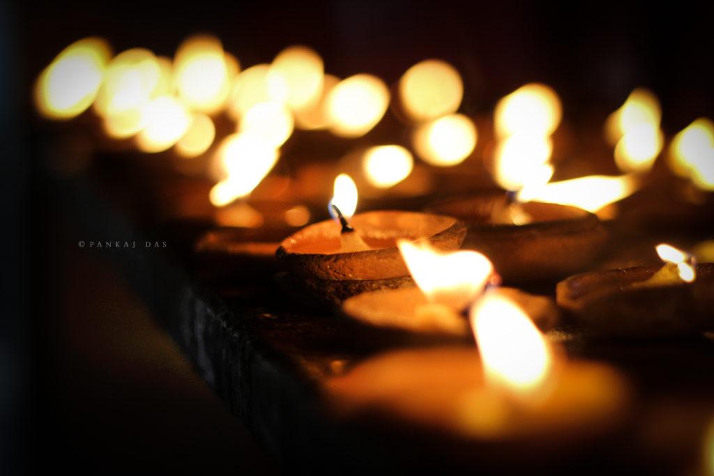 32588923882_4e53b6478e_o (candlelight)